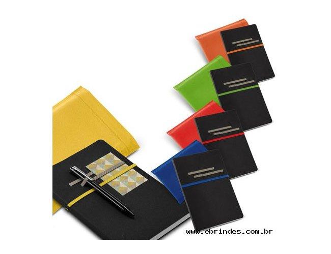 Caderno tipo Moleskine