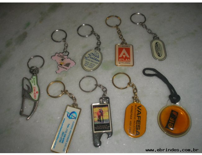 Chaveiros e botons/pins