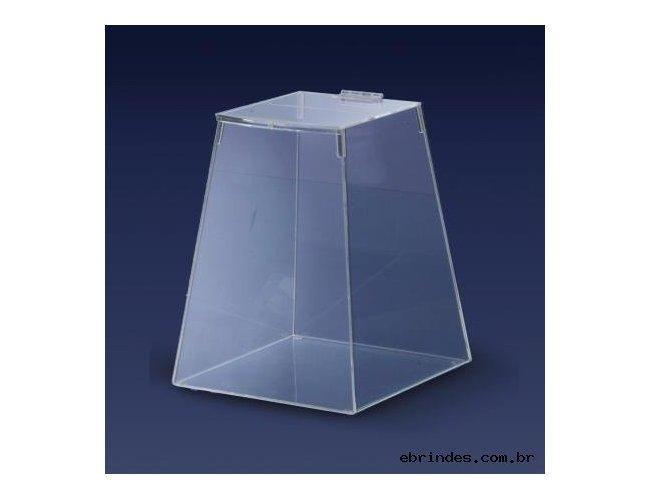 Urna Piramidal
