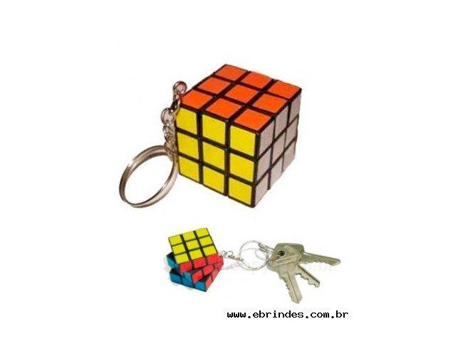 Chaveiro cubo mágico 3 CM X 3 CM x 3CM